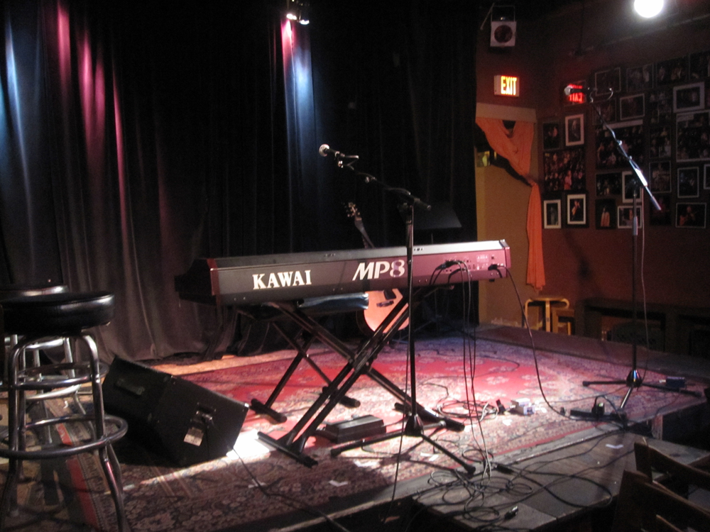 The stage at Lestat's, San Diego, 5/8/10